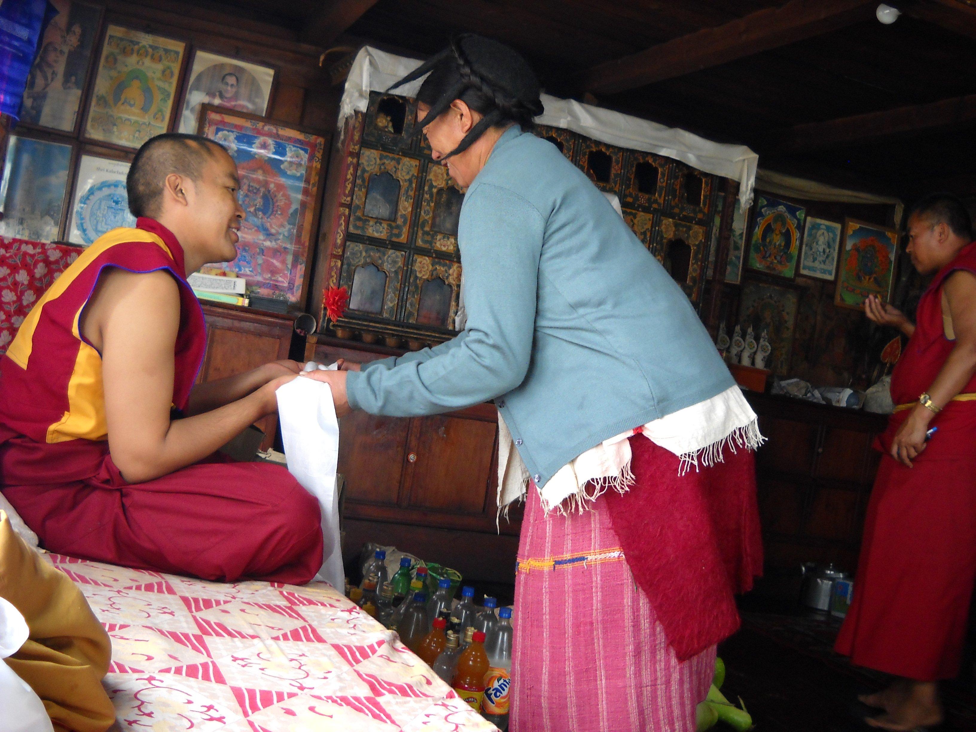 Lama Jampa Noord-India met studenten